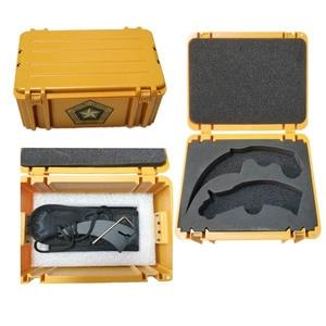 Image 5 - Swayboo csgoゲームナイフセットkarambit + トレーナーナイフ + ナイロンバッグ + ドライバー + ボックス鈍いなしエッジ刃プラスチック武器ケースコンテナ