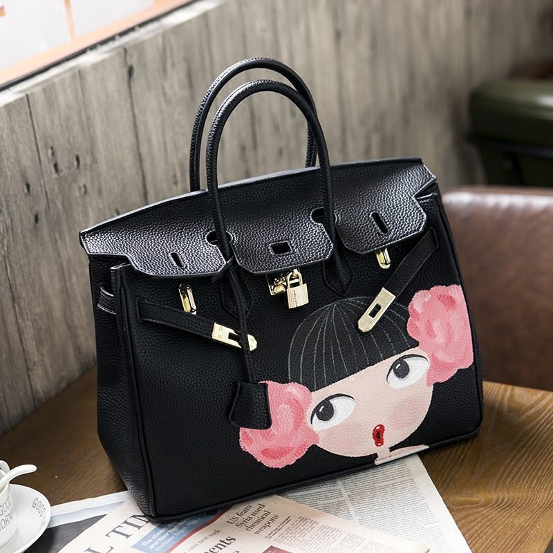 2016 High quality luxury handbags Youth personality Art hand-drawn cartoons cabbage patch doll gold hardware 35CM PU leather 2016european designer high quality female bag contracted joker spoof hand drawn cartoons graffiti bag litchi grain portable 35cm
