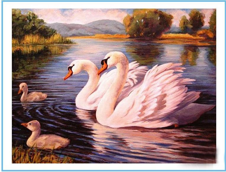 Лебеди вышивка семья