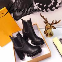 JUNBIE Genuine Leather Platform Chunky Heel Women Autumn Winter Ankle Boots Sexy Slip On Metal Studded Women Ankle Boots