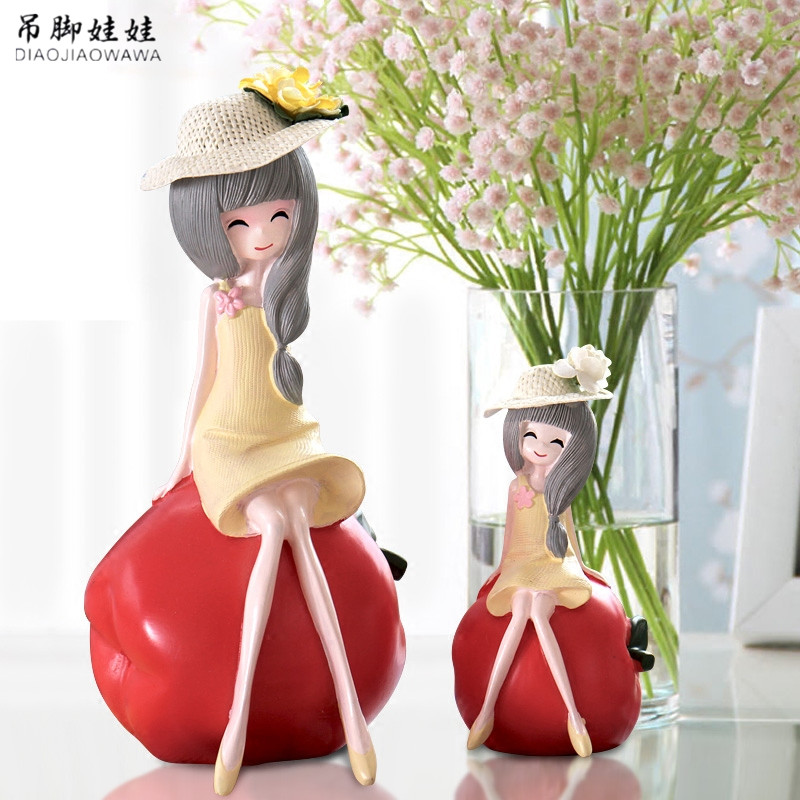 Resin Fruit Girl Figurines Birthday Gift Creative Artware Office Ornaments Fashion Girl Home Decor 1 Piece Free Shipping
