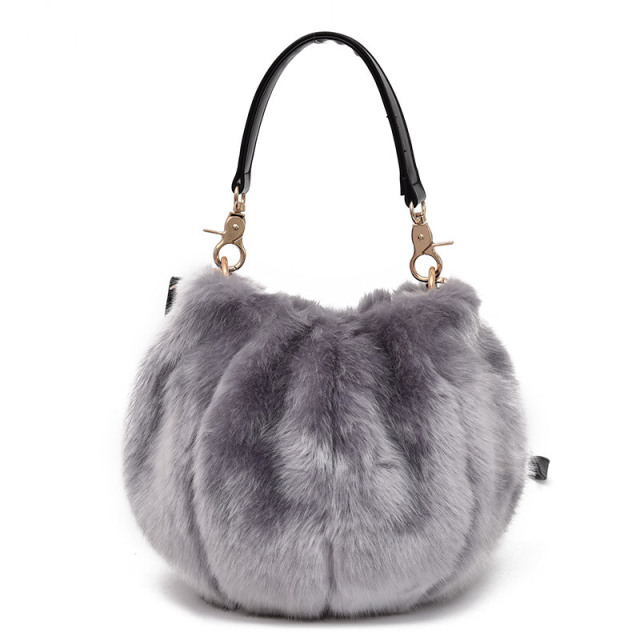 3ebfbe0ef8 Fashion Designer Ladies Messenger Bags Soft Faux Fur Handbag Winter  Crossbody Shoulder Evening Bag for Women Girls Phone Purses