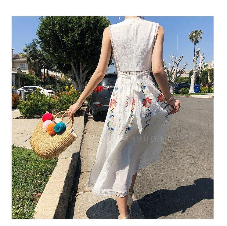 More than raining on the new summer 2018 hollow-out sleeveless dress dress children tender super fairy waist