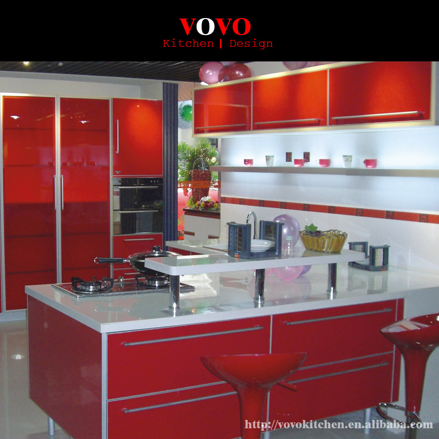 Wine red lacquer kitchen cabinets
