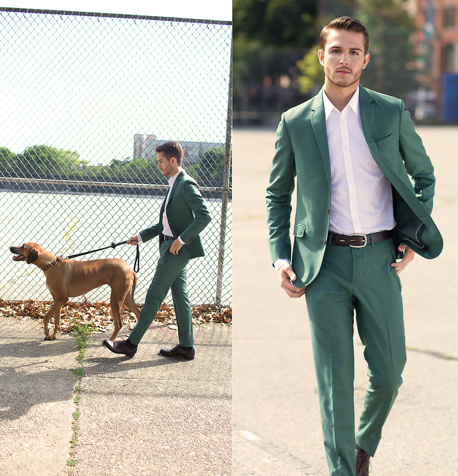 2019 New Arrived Two Buttons Green Wedding Groom Tuxedos Handsome Notch Lapel Groomsmen Men Suits Prom Blazer (Jacket+Pants)