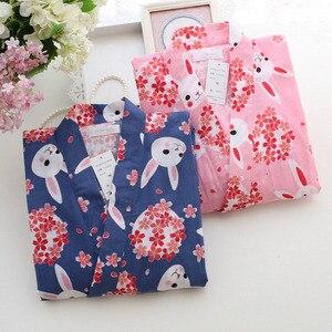 Image 3 - Kobiety piżamy zestaw wiosna i lato nowy panie bielizna nocna zestaw śliczny królik drukowane gaza bawełna komfort w stylu Kimono kobieta Homewear