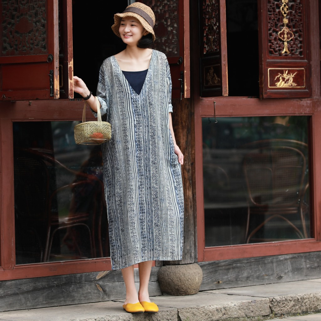Women Retro Vertical Striped Dress Ladies Loose Casual Stripes Dress Female Vintage Summer Dress 2018