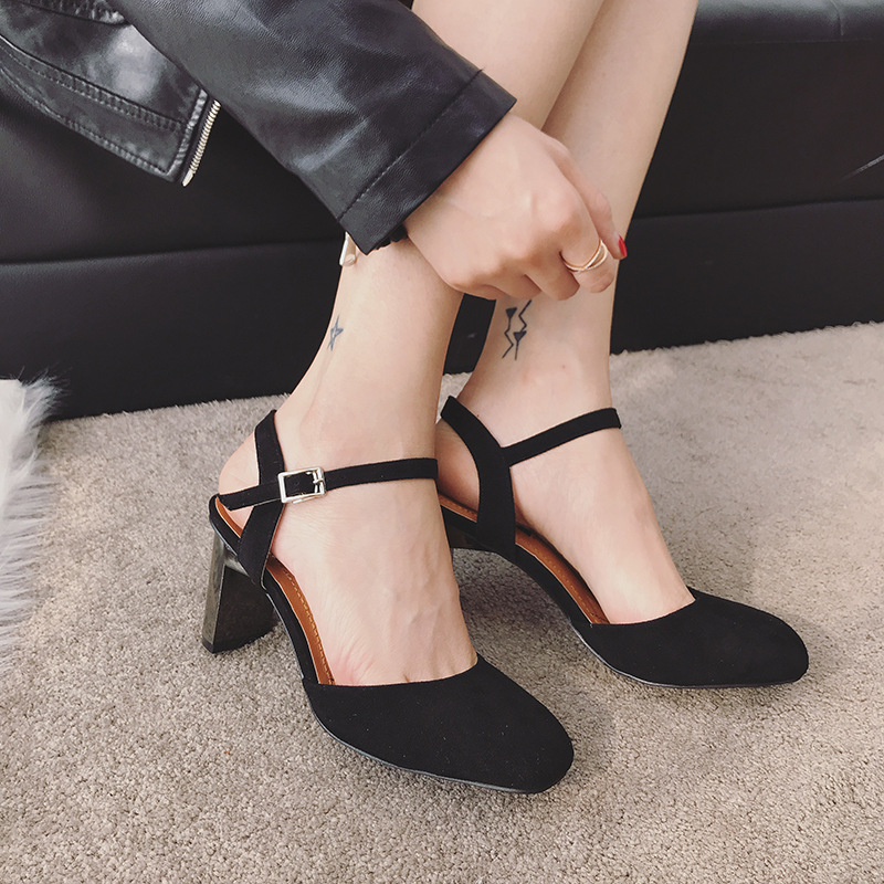 2018 autumn new fashion simple thick with solid color high heels women retro wild thick with buckle buckle casual shoes. 4