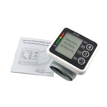 Cuidado de la salud Alemania Chip de Alta Calidad Automático Muñeca Monitor de Presión Arterial Digital Medidor para Medir Y Pulso Tonómetro de Rata