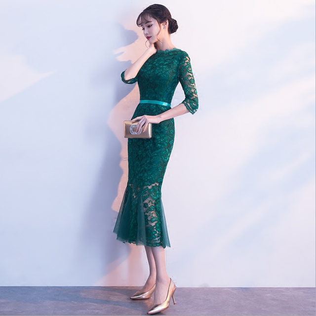 7b72a0fcdf US $34.38 49% OFF|2018 Sexy Lace Summer Dress Women Party Evening Slim  Waist O neck Plus Size 4xl 5xl 6xl Green Red Black Spring Dresses FQ106-in  ...