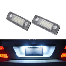 החדש LED מנורות עבור מכוניות לוחית רישוי אורות 14V LED לבן מנורות לפורד מונדיאו (2Pcs) LED אור נורות עבור מכוניות
