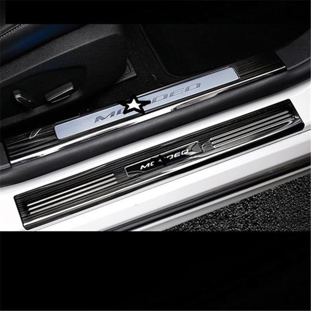 MODEL P Window air conditioner 5c64b4963511d
