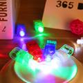 4 Unids Luces Del Dedo Del LED Que Brilla Intensamente Colorido de Emisión de Láser Lámparas de Navidad Celebración Festival Party Decor Niños Juguetes