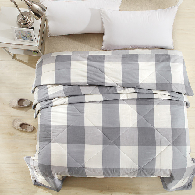 Hometextiles Fashion Gray Beige Lattice Cotton Fabric Summer Washable Blankets Air Conditioning Thin Duvets Print Comforter