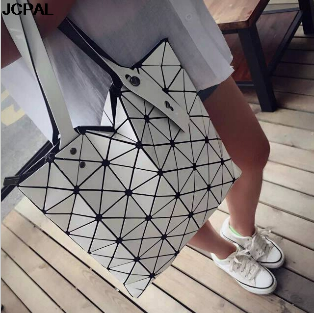 Brands Women Laser Bright BaoBao Tote Lady Geometry Diamond Lattice Sequins  Fold Over Pearl Bao Bao Bag Hologram Handbags-in Top-Handle Bags from  Luggage ... b34ad749f9277