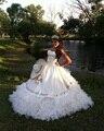 2016 Romantic Branca Quinceanera Vestidos Para Festa Costume Fazer Dezesseis Ouro Bordado Strapless vestido de Baile Elegante Vestidos Da Menina