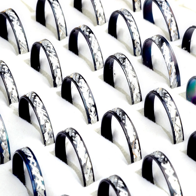 Hot 100pcs/lot Randomly Size Narrow Aluminum Black Silver Men Rings Unisex Wholesale Factory Price Concise Jewelry bague homme