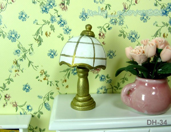 1/12 Scale Dollhouse Bedroom Furniture Miniature ~ Doll Bedroom Wood Desk Lamp ~ Free Shipping !