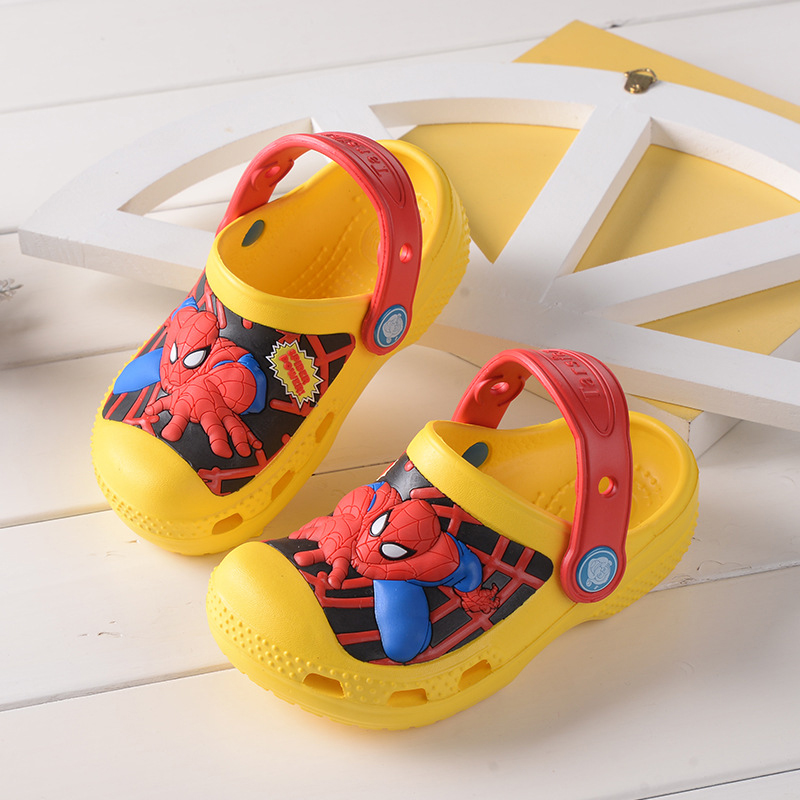 c619b7975aeb The Avengers IronMan Boys Slippers Captain America Swimming Shoes Kids  Water Shoes Spiderman Toddler Slippers Kids Slipper 2018-in Slippers from  Mother ...