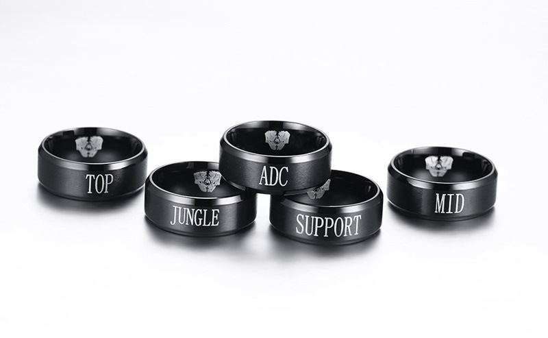 2018 New Drop Shipping 8 mm Fashion LOL Game Clan Letter Ring Titanium Steel Unisex Black Plated Party Accessory Jewelry Gift