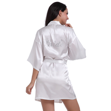 2017 New Silk Kimono Bride Robe Bathrobe Women Silk Robes Hot Drilling Robe Satin Robe Ladies Dressing Gowns YZT090310(China)