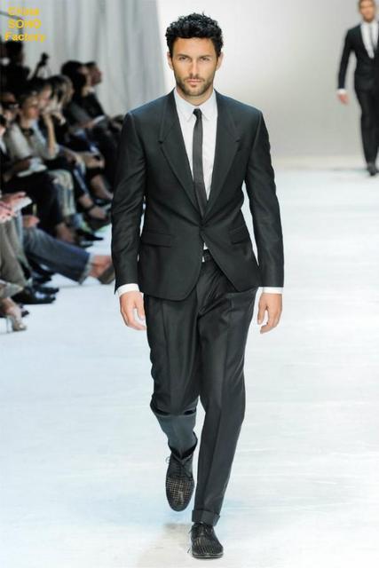 ec90f1b95e Trajes para hombre con pantalones traje de color verde oscuro un botón  smokinges del novio Wedding