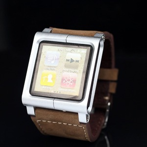 Image 3 - (Brązowy) kolekcja Chicago skórzany aluminiowy pasek na rękę zespół skrzynki pokrywa dla ipod nano 6 6th 6G + bezpłatna ochrona ekranu