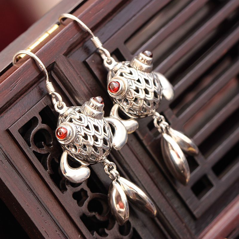silver wholesale allergy authentic 925 sterling silver earrings hand Thai silver fish eardrop restoring ancient ways ornament punk wind restoring ancient ways do old crusades flowers bag buckles 925 sterling silver jewelry wholesale