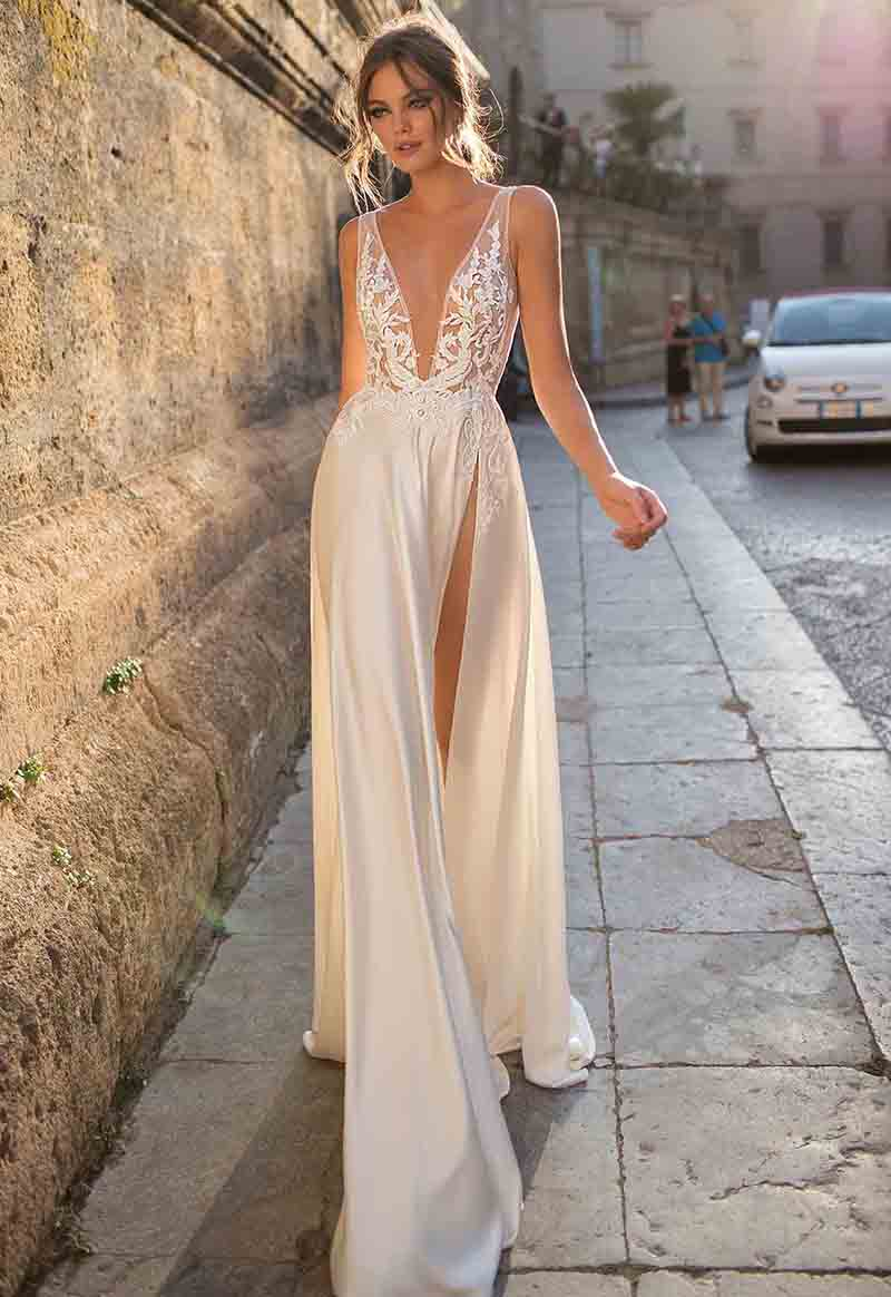 LORIE Wedding Dress High Split Aline Appliqued Lace Bride Dress 2019 New Arrival Boho Wedding Gown Turkey Style