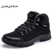 купить JUNJARM Men Boots Winter With Fur 2019 Warm Snow Boots Men Winter Boots Work Shoes Men Footwear Fashion Rubber Ankle Shoes 39-46 в интернет-магазине