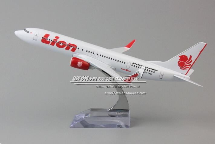 19cm Collectible Airplane Model Indonesia Airways Lion Airline Aircraft Alloy Plane Model Diecast Souvenir Vehicles Gift Toy image