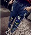 Nueva Llegada 2017 Para Mujer de La Cintura Elástico Retro Acabado Personalidad Pantalones Vaqueros Del Agujero Novio Moda Mickey Imprimir harem
