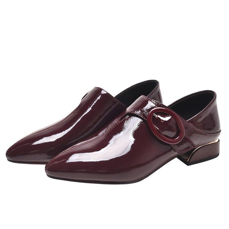 Spitz Flache Schuhe Frauen Patent Leder Wohnungen Mode Slip auf Damen Schuhe Gürtel dekoration Büro schuhe weibliche freizeit schuh-in Flache Damenschuhe aus Schuhe bei  Gruppe 1