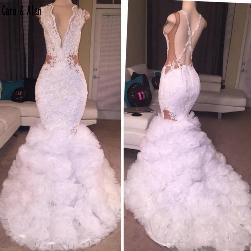 Sexy Designer blanc sirène robes de bal 2019 plongeant col en V jupe bouffante dentelle Applique Criss croix dos nu longues robes de soirée