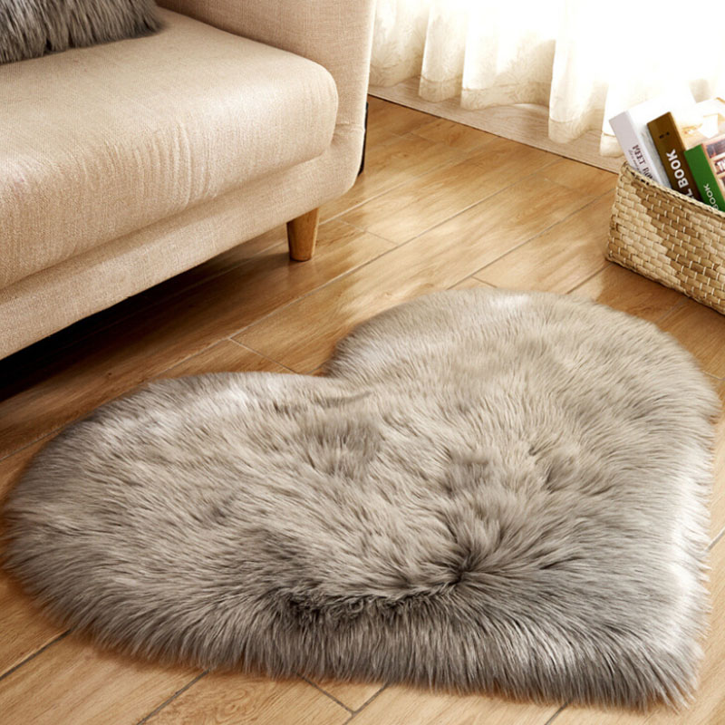 Love Heart Rugs Artificial Wool Sheepskin Hairy Carpet Faux Floor Mat Fur Plain Fluffy Soft Area Rug Tapetes Wholesale