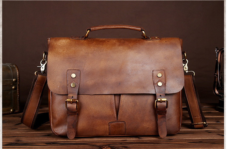 Vintage Men Crazy Horse Genuine Leather Briefcase Mens Classic Shoulder Chic Business Bag Students Crossbody Bags Bolso D824