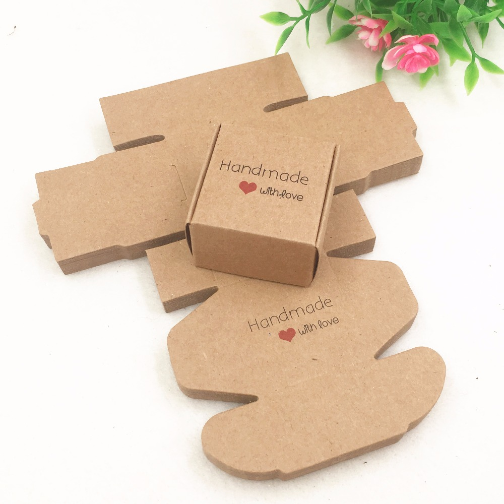 50pcs 4x4x2.5cm Brown Packaging Kraft Paper Box For CandyCakeJewelryGiftchocolateParty Handmade with Love Gift boxes
