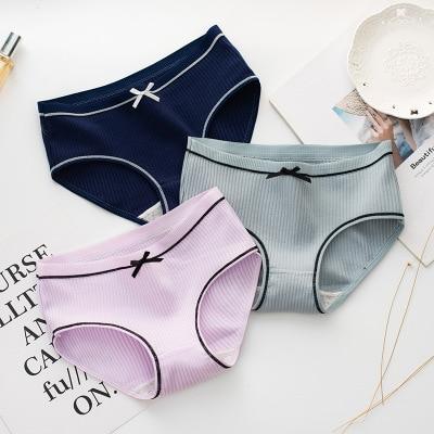 iMucci 1 PCS 7 Styles Women Solid Color Cotton Briefs Mid waist cotton   panties   sexy ladies   panties   hot sale