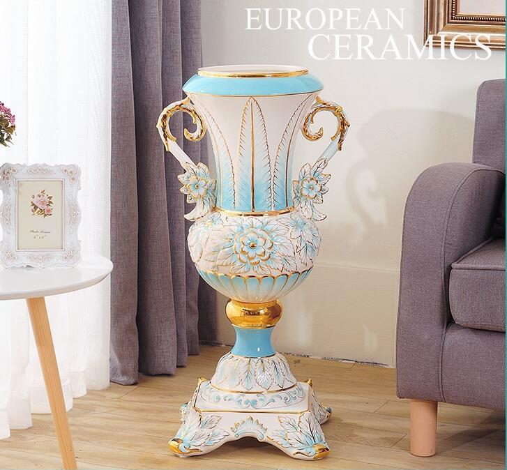 Europa tipo de lugares de grande vaso de cerâmica sala de estar a ser nascido para organizar uma flor para viver em adorno