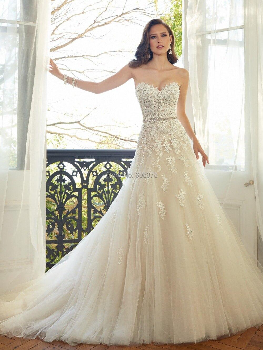 ivory chiffon lace vintage a line strapless sweetheart wedding dress lace vintage wedding dress ivory chiffon lace vintage sweetheart wedding dress