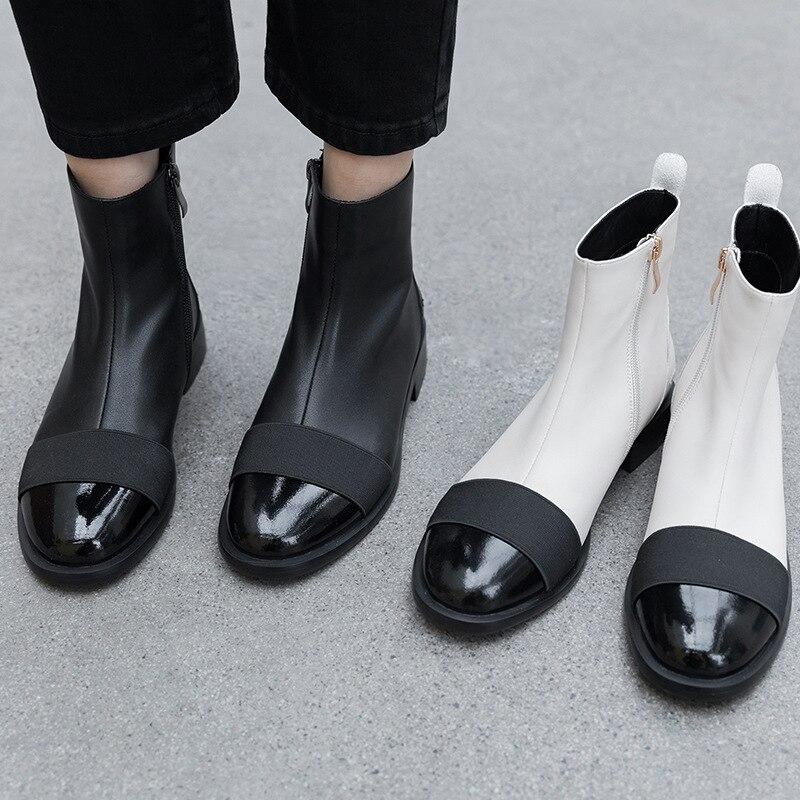 Botas de tobillo de mujer de cuero genuino de vaca Donna in negro blanco mezclado Color cremallera botas planas de tacón bajo Casual señoras zapatos de otoño-in Botas hasta el tobillo from zapatos    2