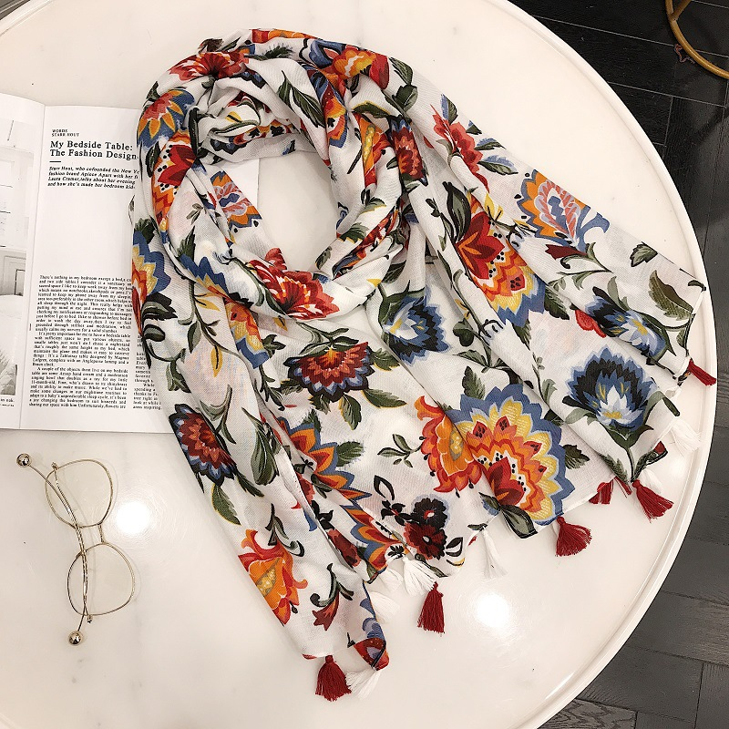 2018 Women Spring Summer Thin Flower Scarf Literature Cotton Scarf Female Sunscreen Shawl