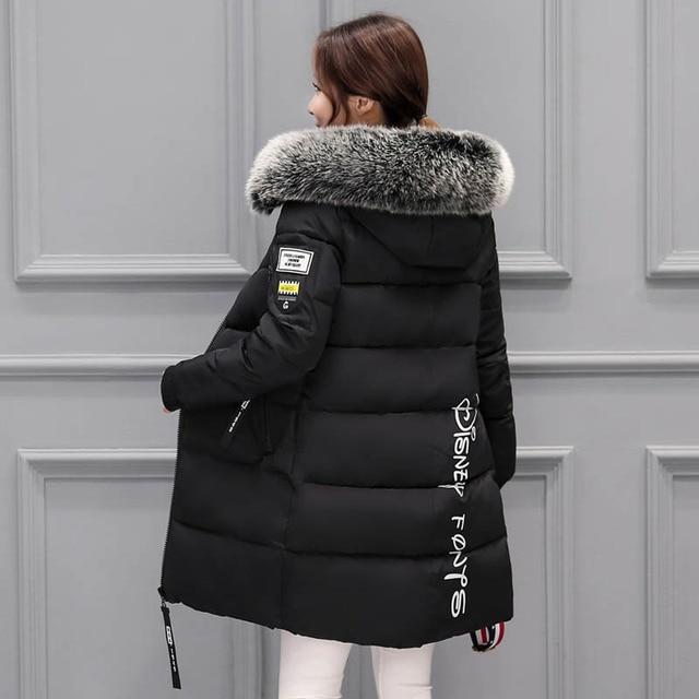Chaqueta de invierno mujeres 2017 nueva mujer abrigo parka feminina largo por la chaqueta más el tamaño de largo con capucha duck down jacket coat mujeres