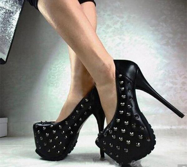Picture Noir Rond Style Pompes Chaude Cloutés Grand Femme Haute Bout Rivets De Vente As 43 Taille Couleur Talon Plate Chaussures Solide forme Punk Spike Robe wqSxI0