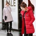 Chaqueta de invierno 2016 Otoño casual mujer de manga larga con capucha medio largo parkas nueva solid delgado caliente rosa de algodón acolchado abrigo mujer