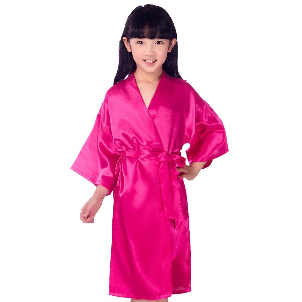 2019 Sommer Kimono Bademantel Kleid Weibliche Satin 2 Stücke Nachtwäsche Negligé Floral & Pfau Braut Brautjungfer Roben Casual Nachtwäsche Unterwäsche & Schlafanzug