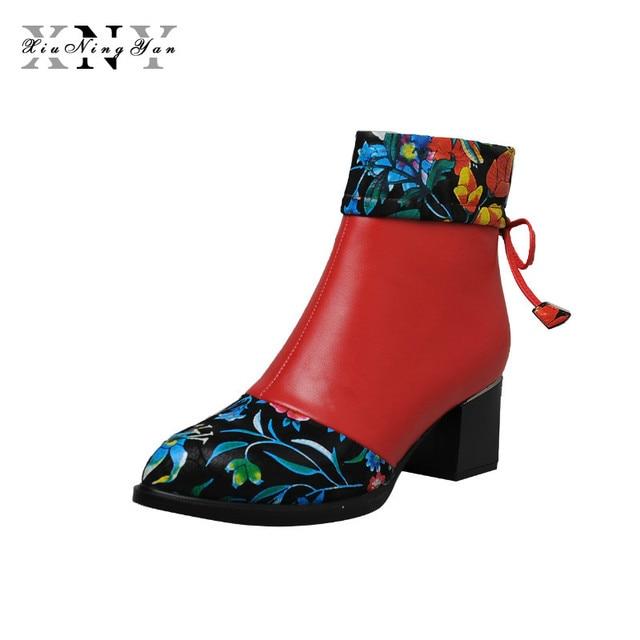 XiuNingYan Klasik Moda Yılan deri Tasarım Kadın yarım çizmeler Hakiki Deri Sivri Burun Kalın Topuklu Kadın Motosiklet Botları