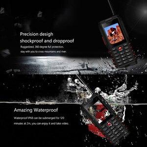 Image 3 - Ioutdoor T2 IP68 impermeable a prueba de golpes resistente para teléfono Walkie Talkie banco de energía para teléfono móvil linterna 4500mAh teclado ruso