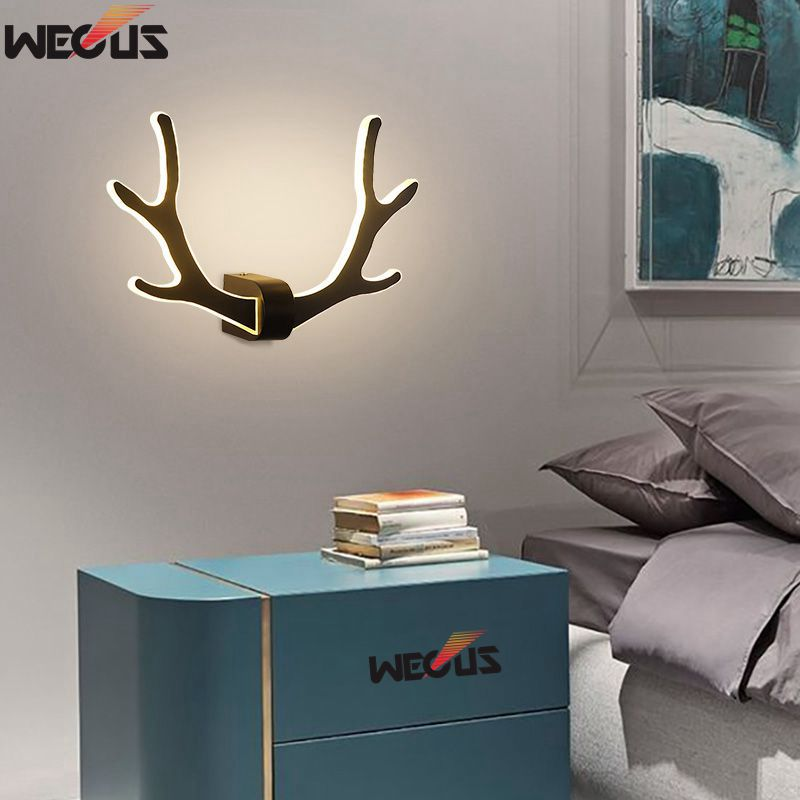 Modern minimalist antler wall lamp, bedroom bedside lamp, aisle staircase Nordic creative living room deer head wall lamp modern minimalist 9w led acrylic circular wall lights white living room bedroom bedside aisle creative ceiling lamp