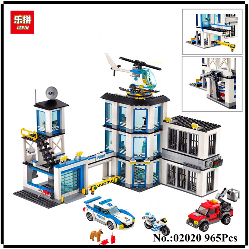 IN STOCK Lepin 02020 965Pcs City Series The New Police Station Set Children Educational Building Blocks Bricks Boy Toys Model 02020 lepin new city series the new police station set children educational model building blocks bricks diy toys kid gift 60141